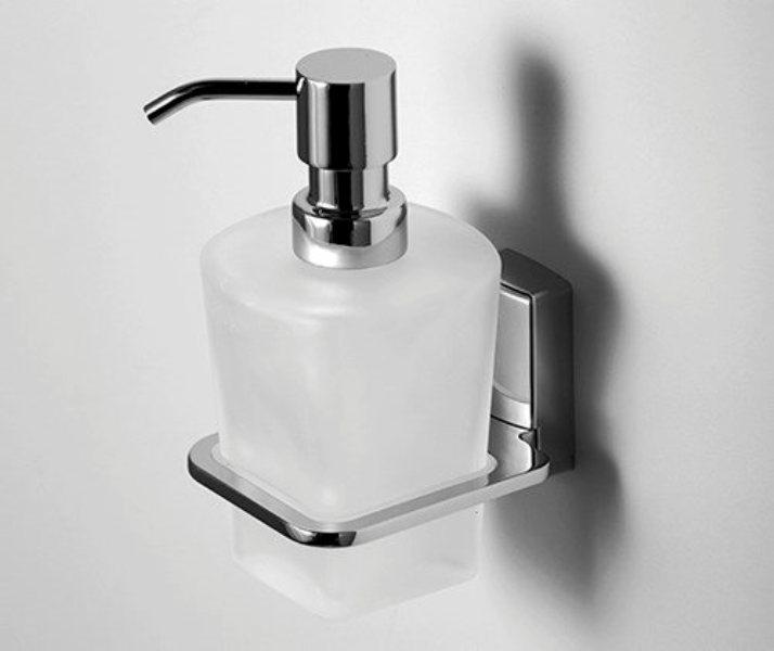 Фото - Дозатор для жидкого мыла WasserKRAFT Leine K-5099 стеклянный, 300 ml металл, хромоникелевое покрытие, матовое стекло